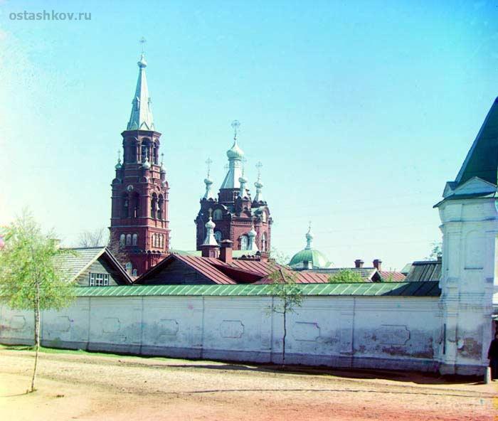 2. Знаменский женский монастырь в Осташкове (700x592, 269Kb)