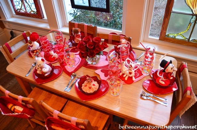 Childrens-Valentines-Day-Table-Setting-Tablescape-3 (650x431, 288Kb)