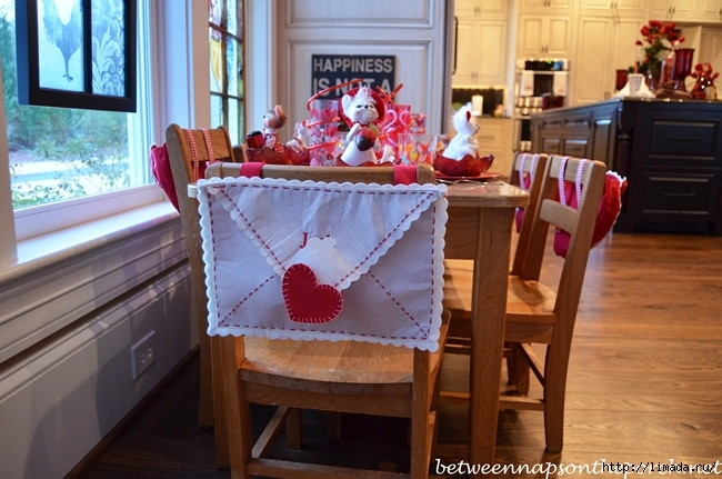 Childrens-Valentines-Day-Table-Setting-Tablescape-5 (650x431, 233Kb)