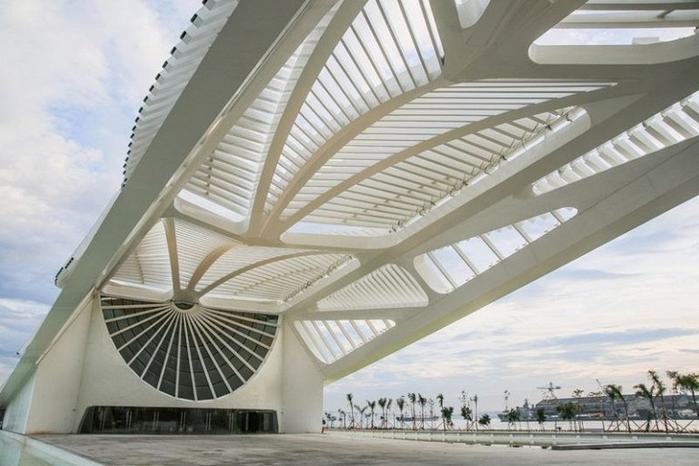 музей завтрашнего дня рио-де-жанейро 3 (700x466, 292Kb)