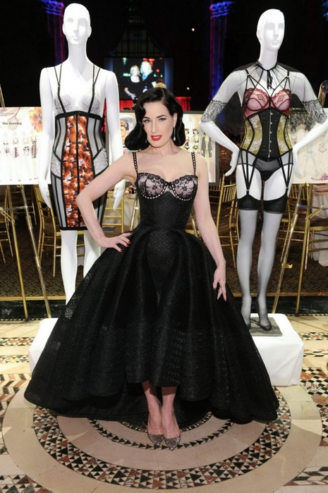 dita-von-teese-at-2016-femmy-awards-at-cipriani-42nd-street_2 (465x700, 256Kb)