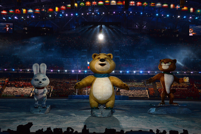 Olympic-mascots-made-appearance-during-opening-ceremony (700x465, 497Kb)