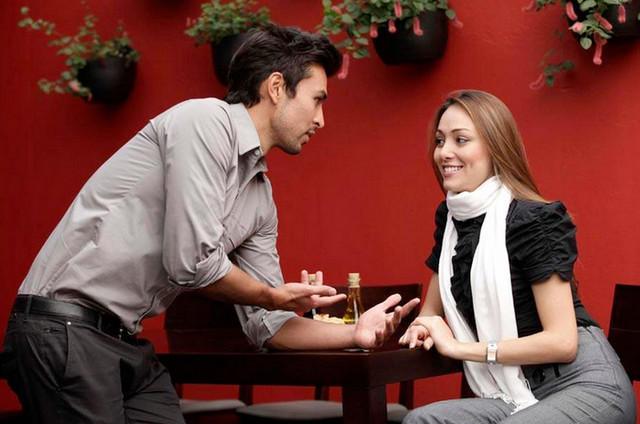 как узнать о симпатии парня на работе для