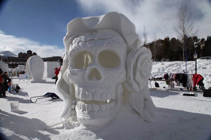 скульптуры из снега 3 (700x466, 204Kb)