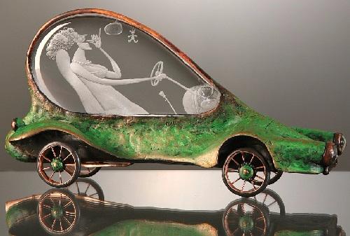 Barroco-auto.-Grabado de vidrio y metal-escultura-por-Dalibor-Nesnidal (500x337, 176Kb)