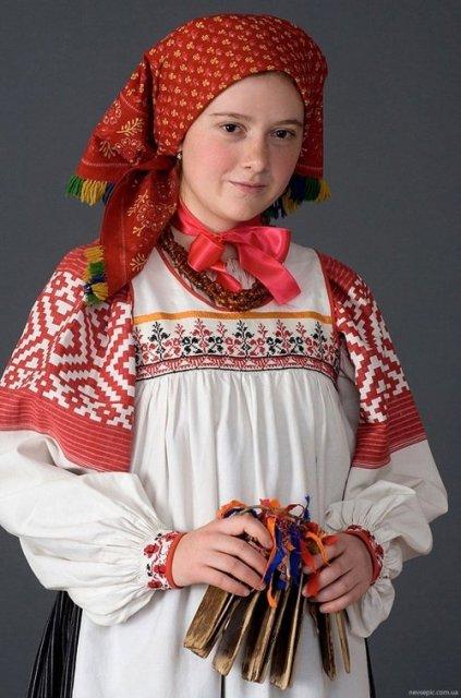 4947567_Rysskii_nacionalnii_kostum (423x640, 61Kb)