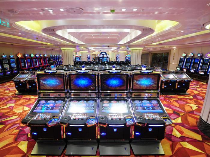 игровые автоматы/3899041_image1447252436170_i1 (700x525, 80Kb)