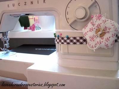 Шьем подушечку - игольницу для швейной машинки (12) (400x300, 80Kb)