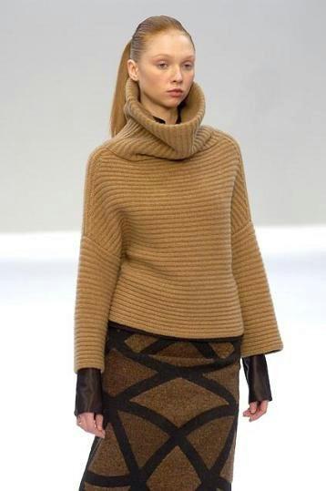 Вязаный женский свитер (121 фото) 2018: крупной вязки, модели, грубой
