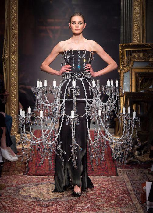 коллекция вечерних платьев Moschino 8 (502x700, 349Kb)