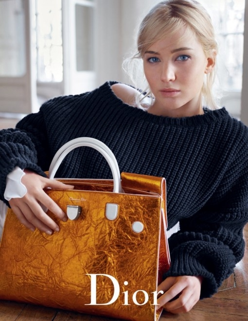 Jennifer-Lawrence-Dior-Spring-2016-bags1-510x660 (510x660, 199Kb)