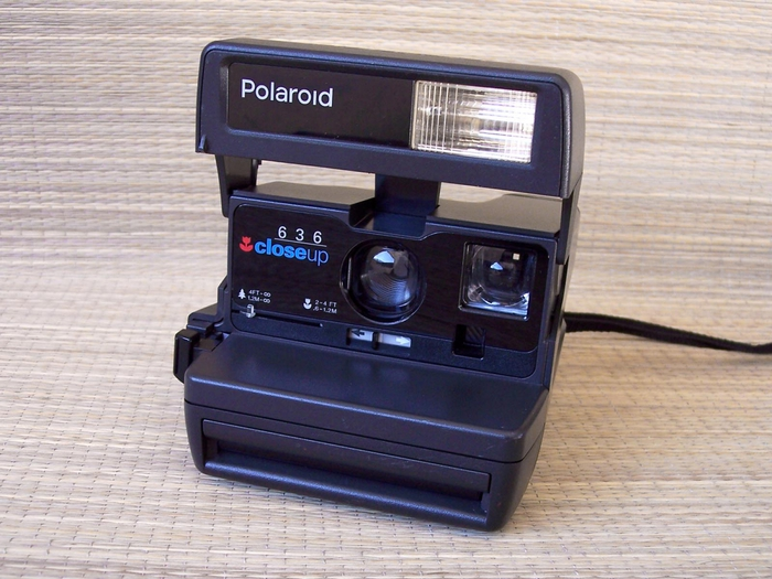 2757491_POLAROID_636_CloseUp_1 (700x525, 284Kb)