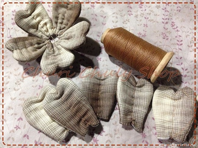 Текстильная брошь с цветами из ткани. Мастер-класс (2) (650x488, 277Kb)