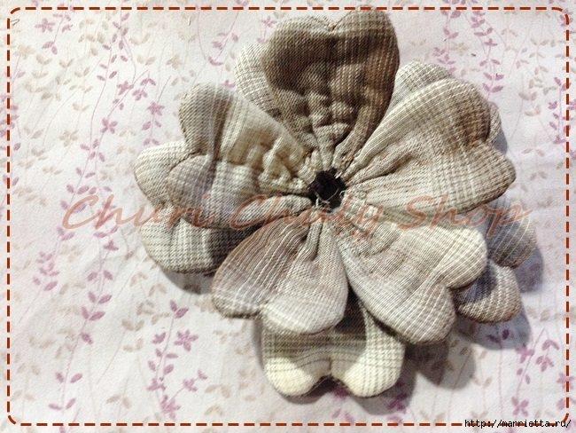 Текстильная брошь с цветами из ткани. Мастер-класс (13) (650x488, 229Kb)
