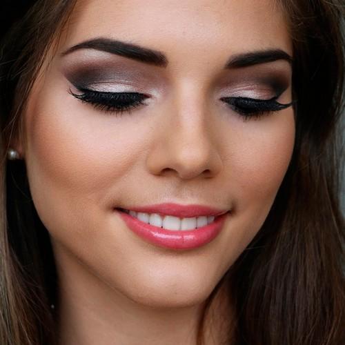 Evening makeup for