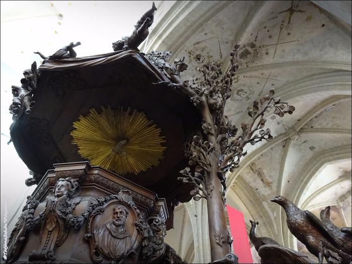 В соборе Антверпенской Богоматери