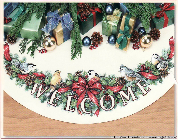 5837537_Dimensions_8764_Holiday_Welcome_Tree_Skirt (700x551, 435Kb)
