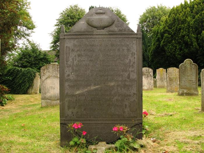 Daniel_Lambert_grave (700x525, 475Kb)