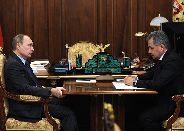 Путин-и-Шойгу (600x428, 348Kb)