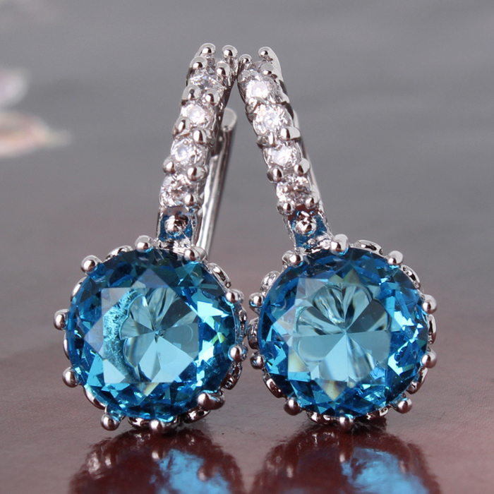 2015-Fashion-Jewelry-18K-White-Gold-Plated-Earring-Aquamarine-Zircon-CZ-Crystal-Hoop-Earrings-for-Women (700x700, 383Kb)
