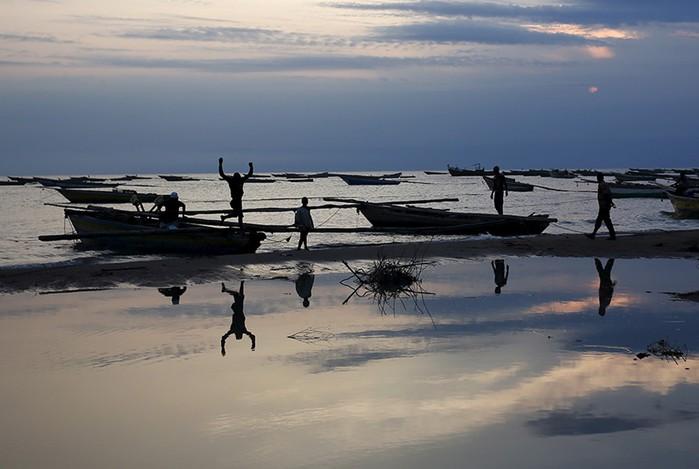 Крокодил не ловится, не растет кокос. Фотографии самой несчастливой страны в мире