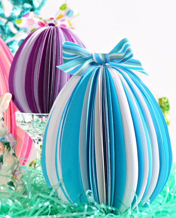 close-blue-white-egg (565x700, 454Kb)