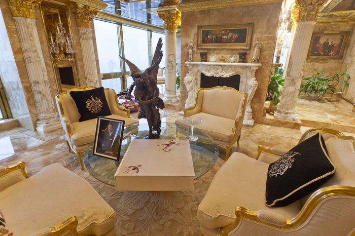 penthouse Donald Trump foto 6 (700x466, 422KB)