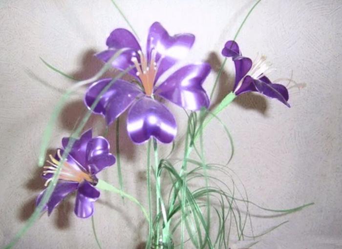 Как сделать цветок из пластиковой бутылки своими руками