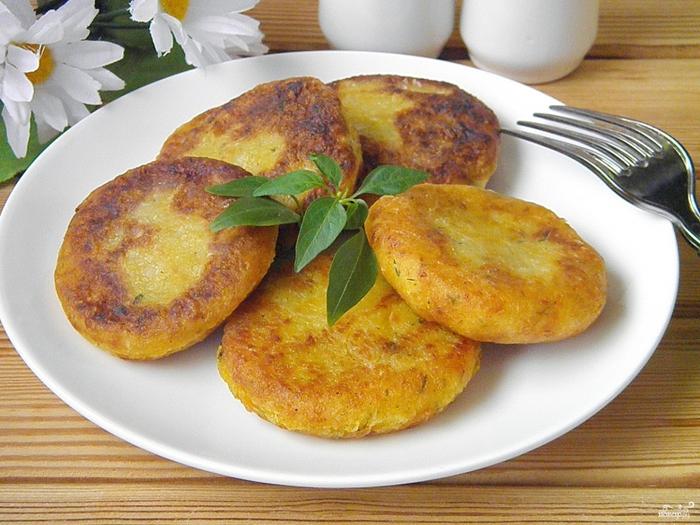 Меню здорового питания на неделю для всей семьи/5281519_postnie_kotleti_iz_kabachkov_i_tikvi254474 (700x525, 311Kb)