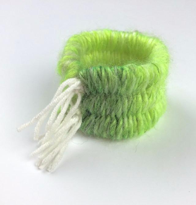 Тканый браслет