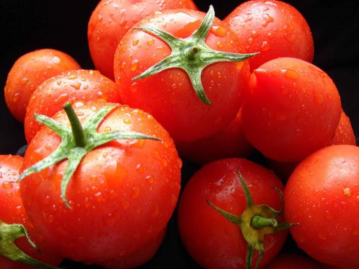 "alt=""Маски для лица из помидоров""/2835299_Maski_dlya_lica_iz_pomidorov2 (700x525, 86Kb)"