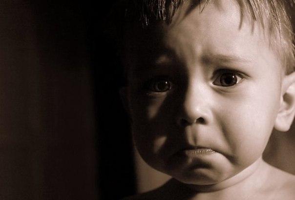 Родительская ярость повергает ребенка в ужас. (604x410, 26Kb)