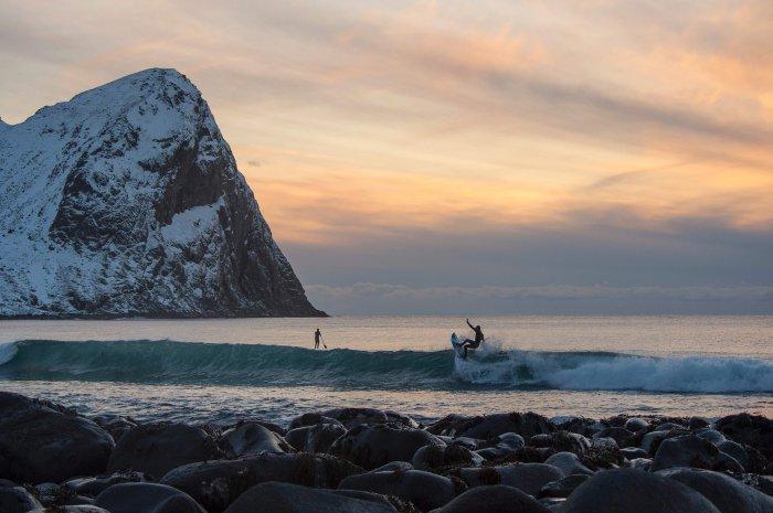 серфинг на Лофонтенских островах 1 (700x465, 228Kb)