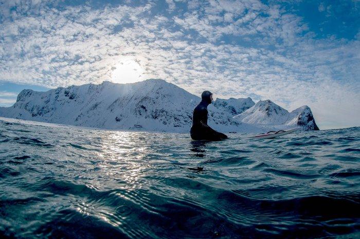 серфинг на Лофонтенских островах 3 (700x465, 334Kb)