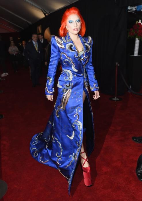 Lady-Gaga-David-Bowie-Outfit-Grammys-2016 (493x700, 208Kb)