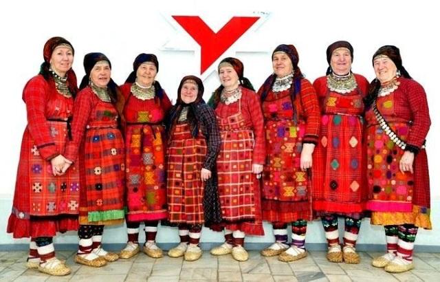 4947567_Narodi_projivaushie_v_Rossii__Ydmyrti044_Byranovskie_babyshki_ (640x410, 119Kb)