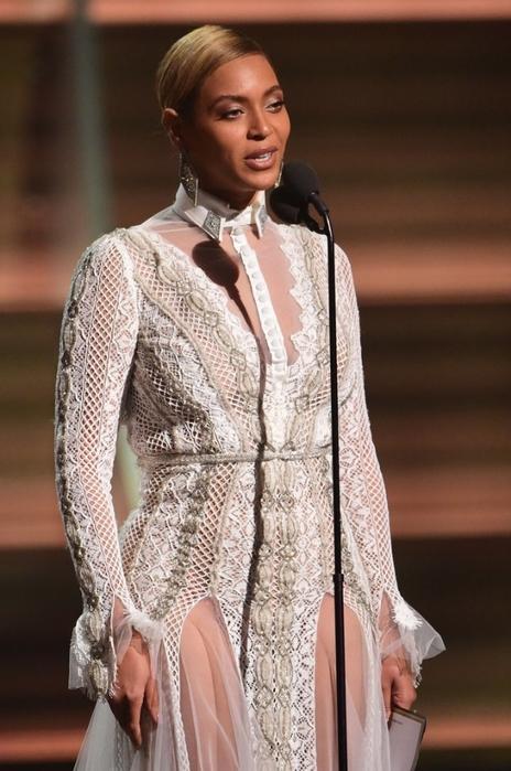 Beyonce-Dress-Grammys-2016 (2) (464x700, 229Kb)