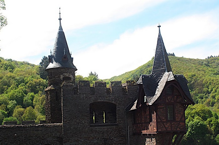 Замок Кохем под Райхсбургом. Германия. 31374