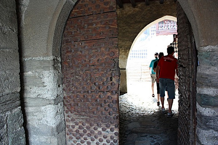 Итальянский замок Фенис (Castello di Fenis) 37140