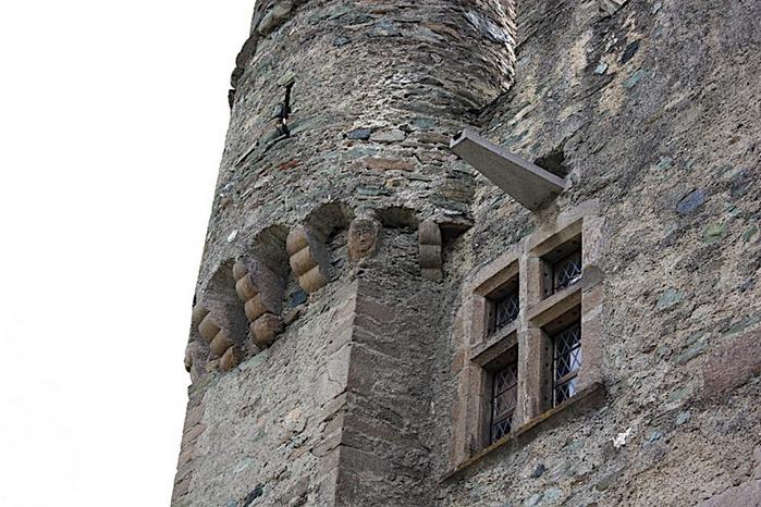 Итальянский замок Фенис (Castello di Fenis) 58037