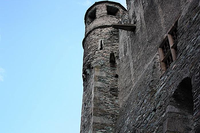 Итальянский замок Фенис (Castello di Fenis) 40073