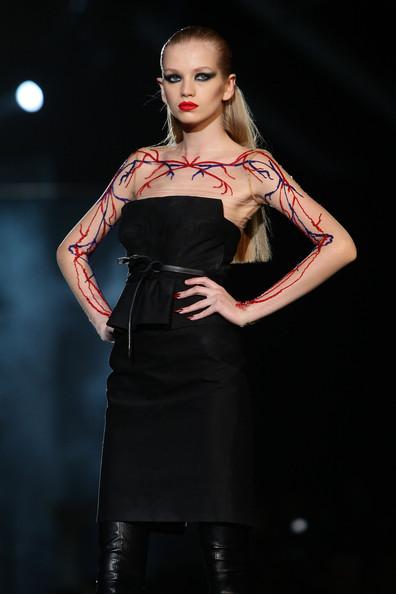 milan_fashion_week_aw2010_dsquared2_21 (396x594, 42 Kb)