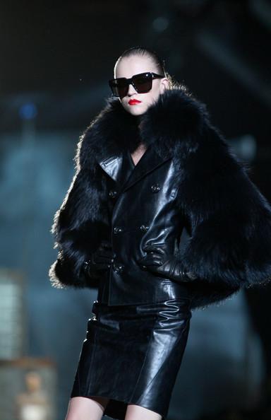 milan_fashion_week_aw2010_dsquared2_22 (384x594, 51 Kb)