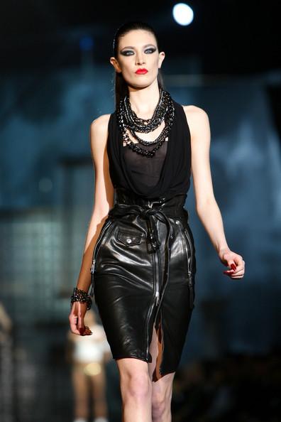 milan_fashion_week_aw2010_dsquared2_30 (396x594, 55 Kb)