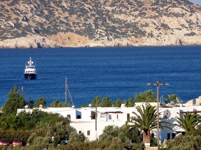 Остров Карпатос - высокие горы, традиционные поселки, пляжи на юге... 40000