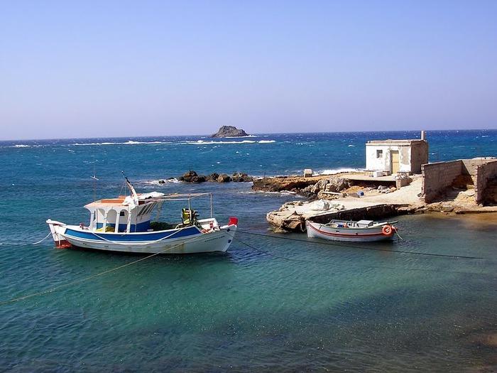 Остров Карпатос - высокие горы, традиционные поселки, пляжи на юге... 16351