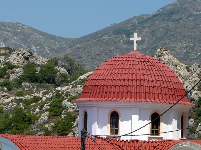 Остров Карпатос - высокие горы, традиционные поселки, пляжи на юге... 39784