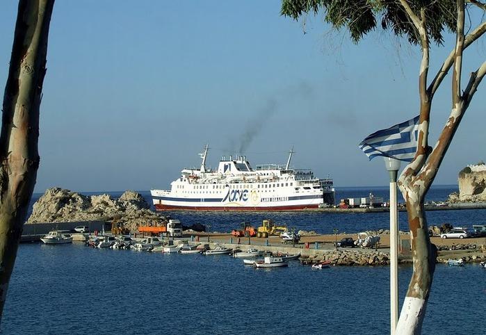 Остров Карпатос - высокие горы, традиционные поселки, пляжи на юге... 84513