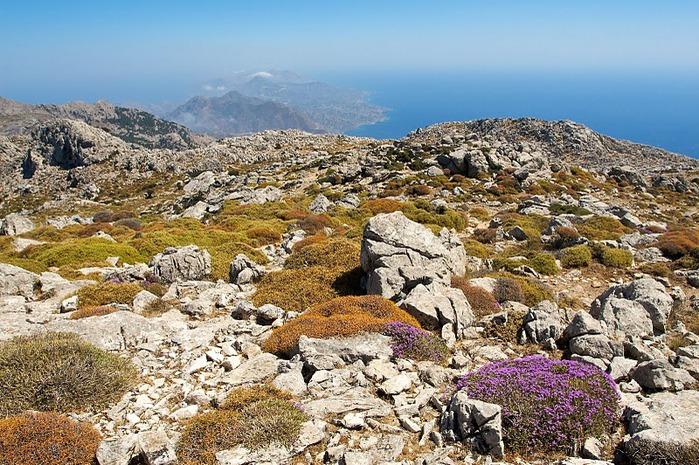Остров Карпатос - высокие горы, традиционные поселки, пляжи на юге... 96440
