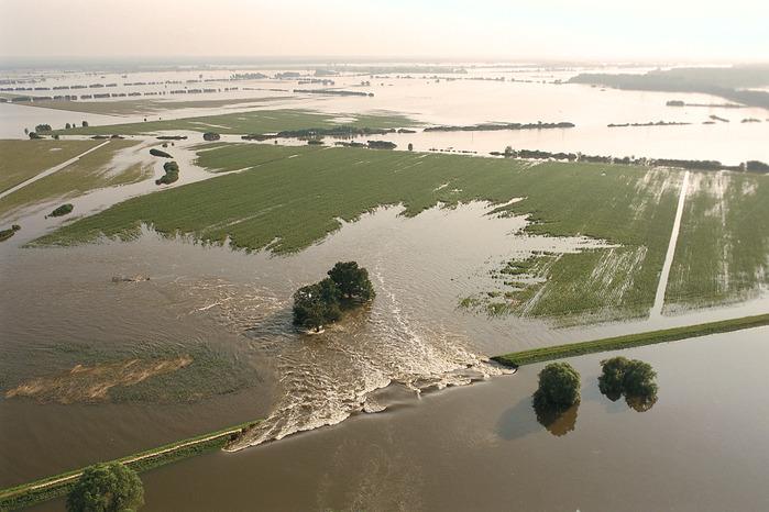 2002-Катастрофа по-европейски 87809